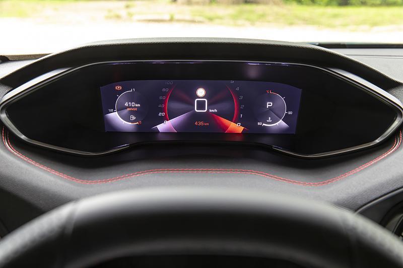 Cliquez sur l'image pour l'afficher en taille normale  Nom : Peugeot-308-Compteur-07.jpg Affichages : 8 Taille : 82.6 Ko ID : 17745