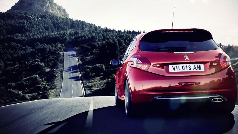 Cliquez sur l'image pour l'afficher en taille normale  Nom : Peugeot_208_GTi_Road.jpg Affichages : 330 Taille : 94.6 Ko ID : 566