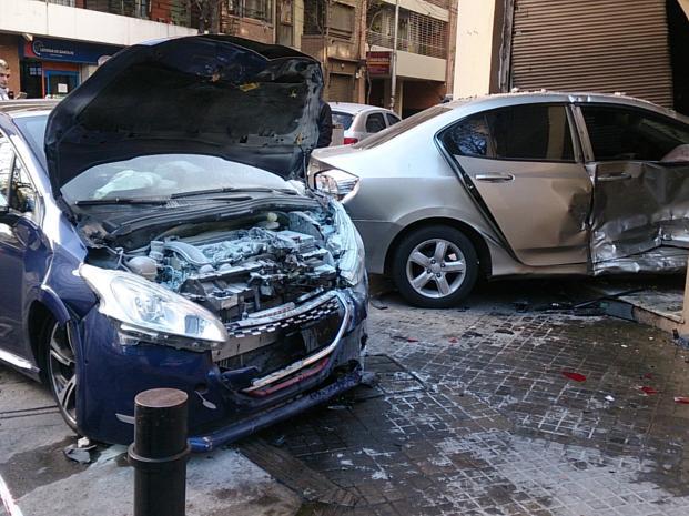 Nom : 208GTi_bleue-crash_02.jpg Affichages : 1445 Taille : 64.5 Ko