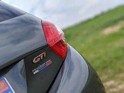 Evolution de ma GTi Gris Shark (f-arrière)